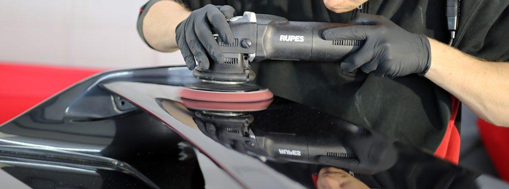 Nissan Skyline GT-R (R33) - Restoring A Japanese Classic (Part 1)
