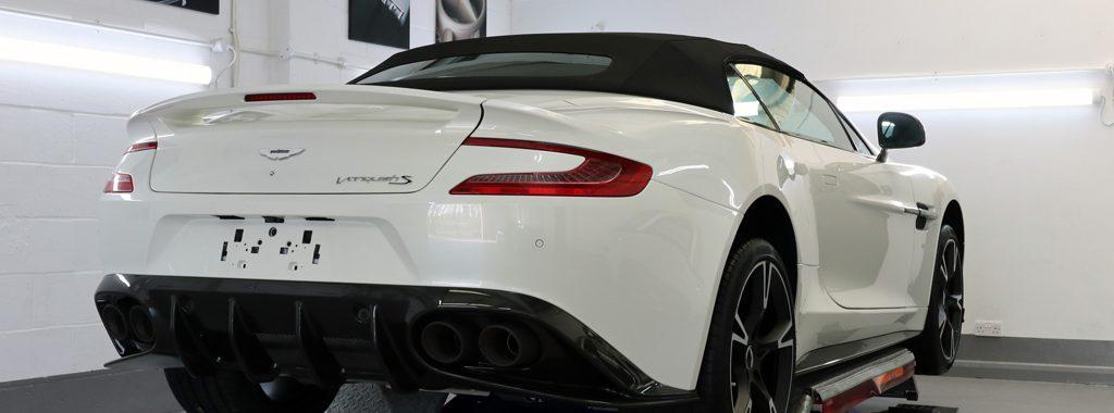 Aston Martin Vanquish S Volante 'Ultimate Edition' - A Fitting Farewell