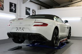 Aston Martin Vanquish S Volante 'Ultimate Edition' - A Fitting Farewell