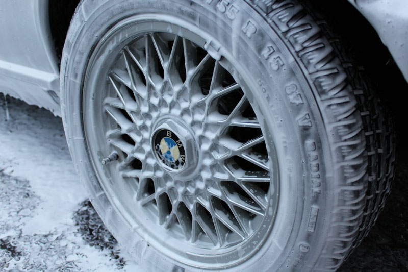 1990 BMW E30 325i Cabriolet - Ultimate Snow Foam
