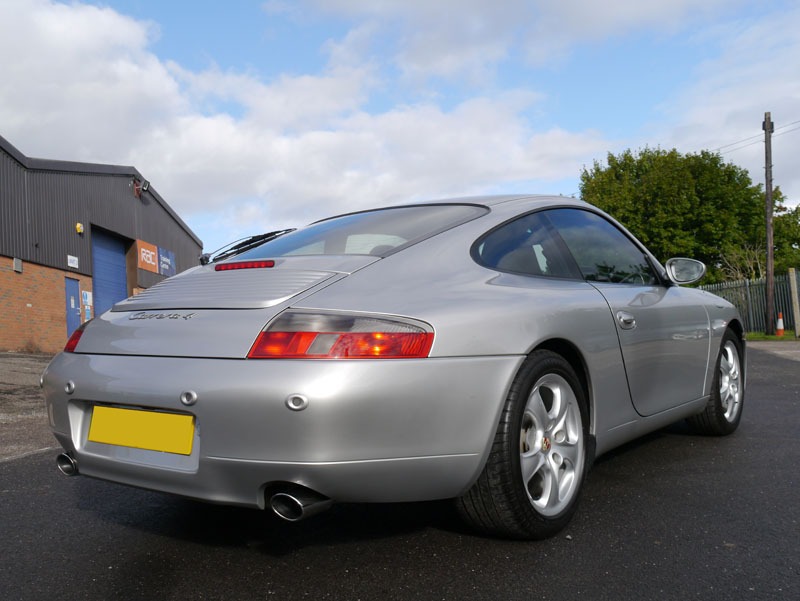 Porsche 911 (996) Carrera 4 - Gloss Enhancement Treatment