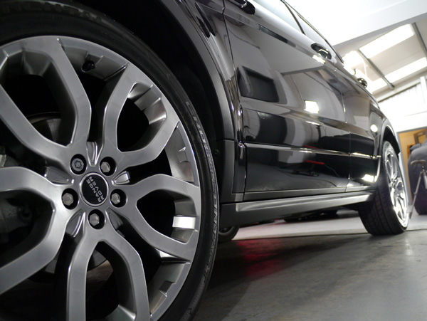 Range Rover Evoque Si4 at Ultimate Detailing Studio