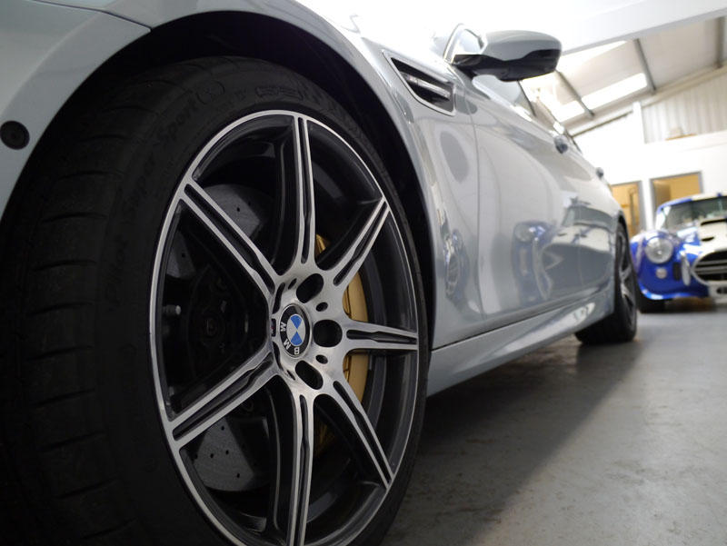 Nanolex PROFESSIONAL Paint & Alloy Sealant on BMW M5 V8 Competition Package