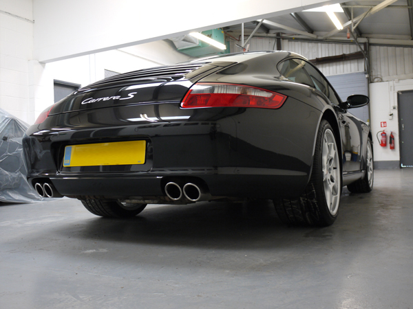 Porsche 997 Carrera S - Gloss Enhancement Treatment