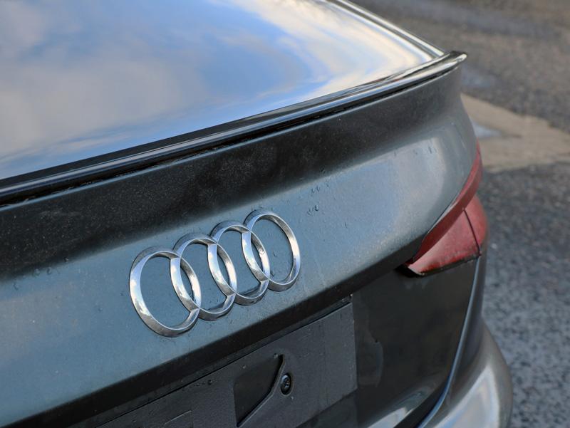New Car Dealership Handles Registration