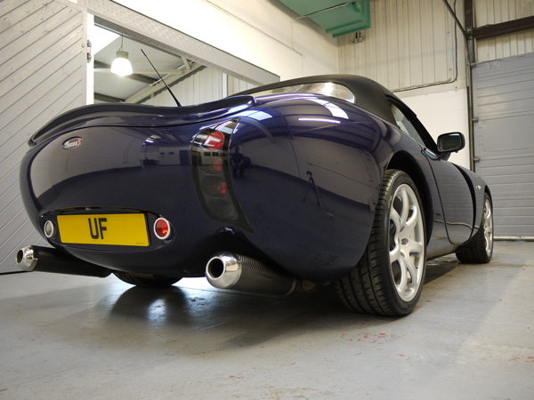 TVR Tuscan 2S at the Ultimate Detailing Studio