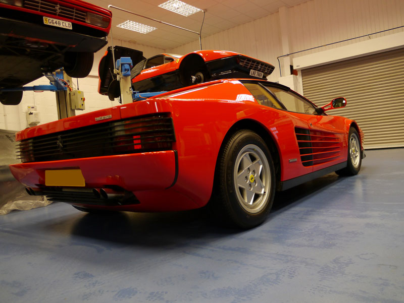 Ferrari Testarossa - Gloss Enhancement Treatment