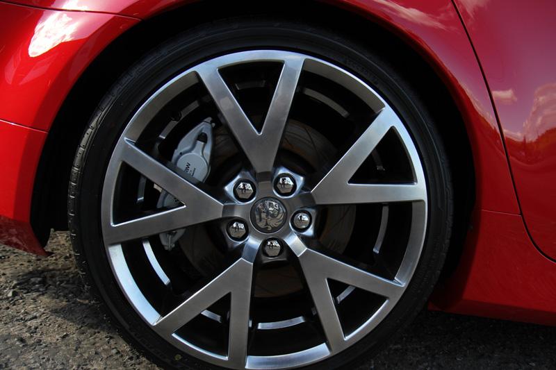 Bathurst Spec Vauxhall VXR8 Gloss Enhancement Treatment