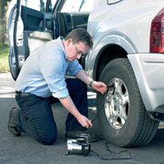 RING RAC 700 Tyre Inflator In Use