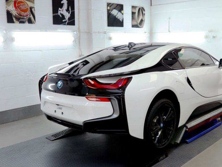 BMW i8: 2-Stage Gloss Enhancement Treatment