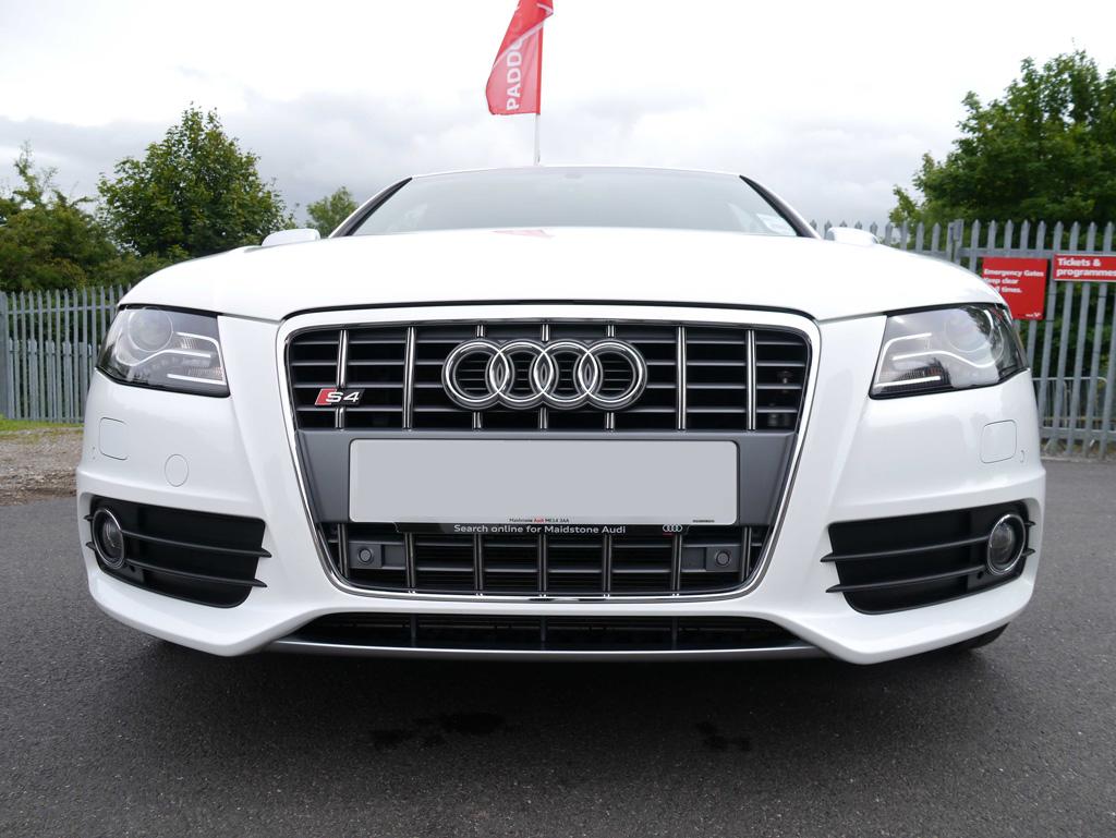 Gloss Enhancement Treatment – Audi S4 Avant V6 Quattro