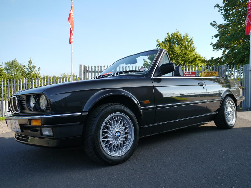 BMW E30 325i Cabriolet – Swissvax Gloss Enhancement