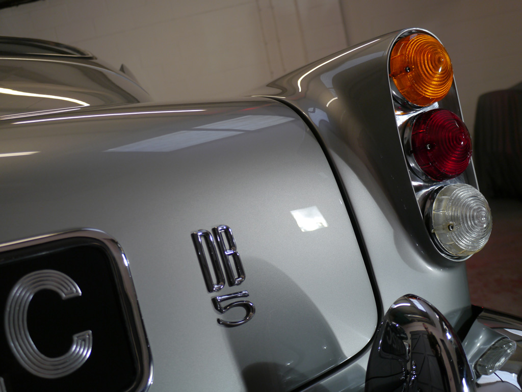 Aston Martin DB5 – Full Paintwork Correction