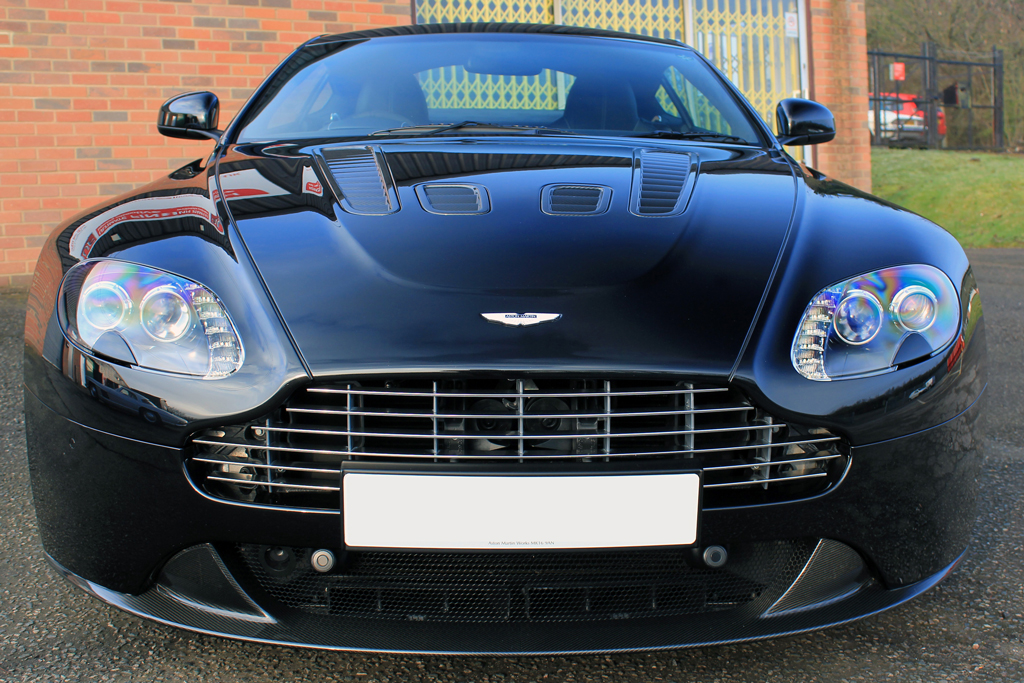Aston Martin V12 Vantage 'Carbon Black' – The Ultimate Dark Side