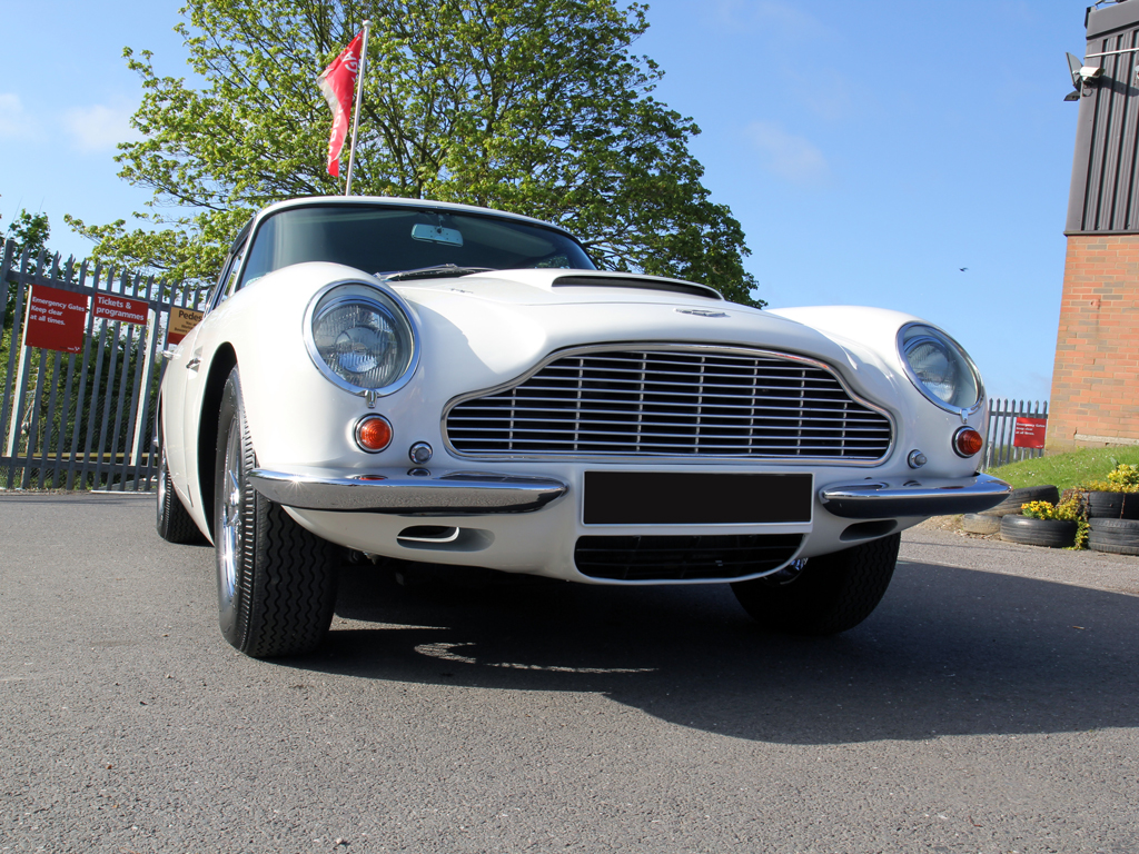 Aston Martin DB6 Vantage Regains Its 'Best of Show' Status