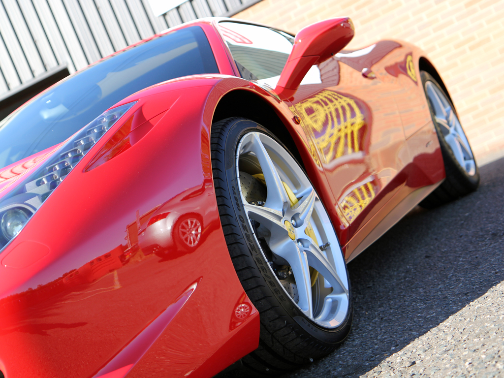 Ferrari 458 Italia Rosso Corsa: Glasur Finish Restoration