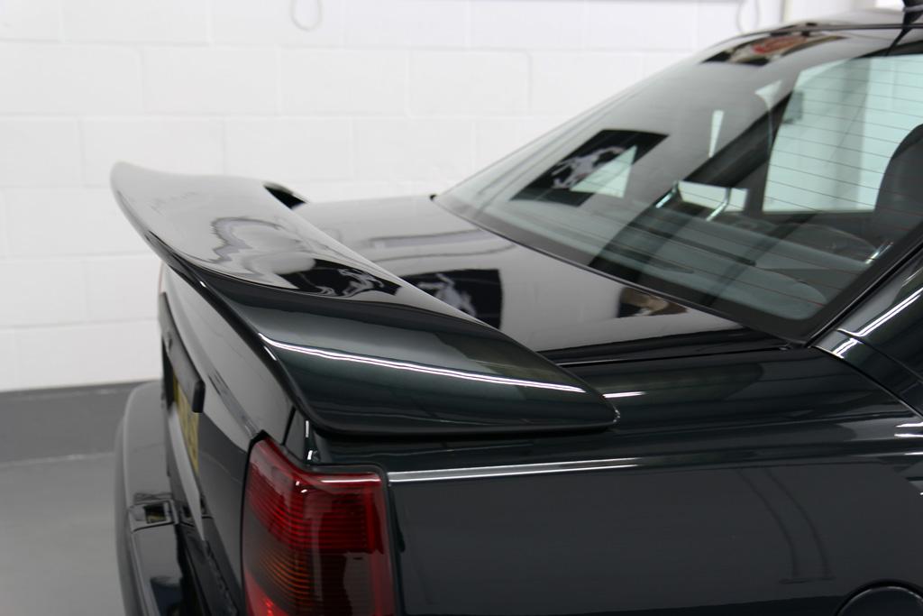 Restoring An Iconic British Motoring Legend – The Lotus Carlton
