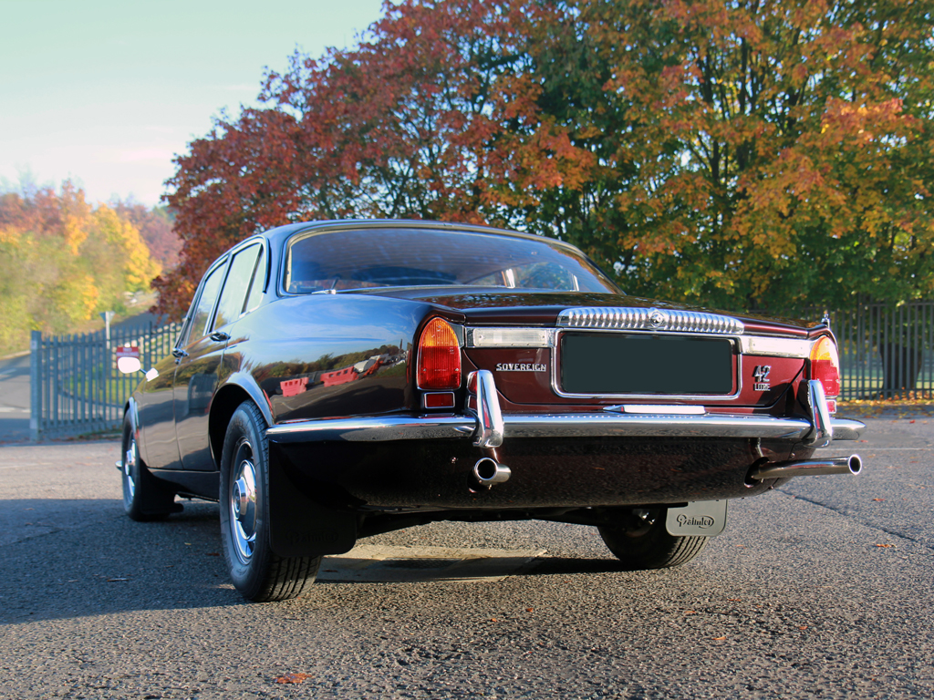 Series-1 Daimler Sovereign Restored To Its Former Glory