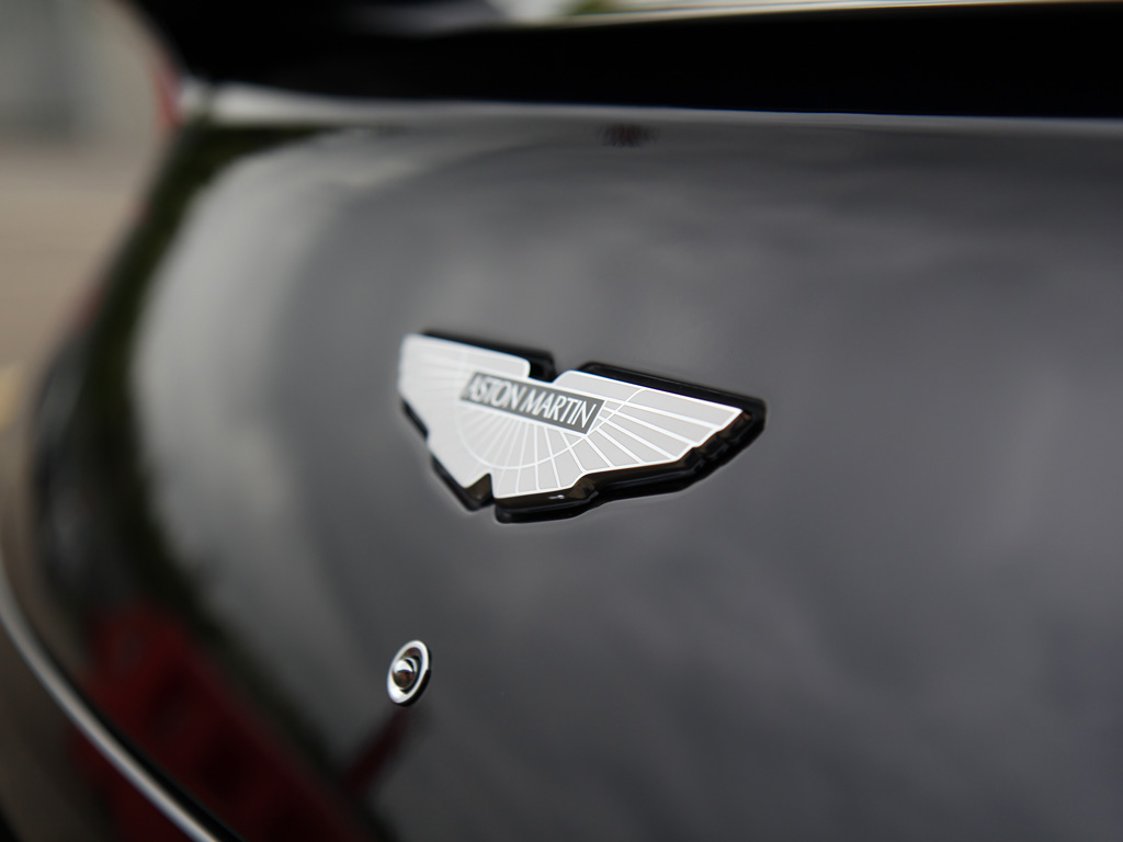 Aston Martin Vanquish Volante – Protecting The Ultimate Volante