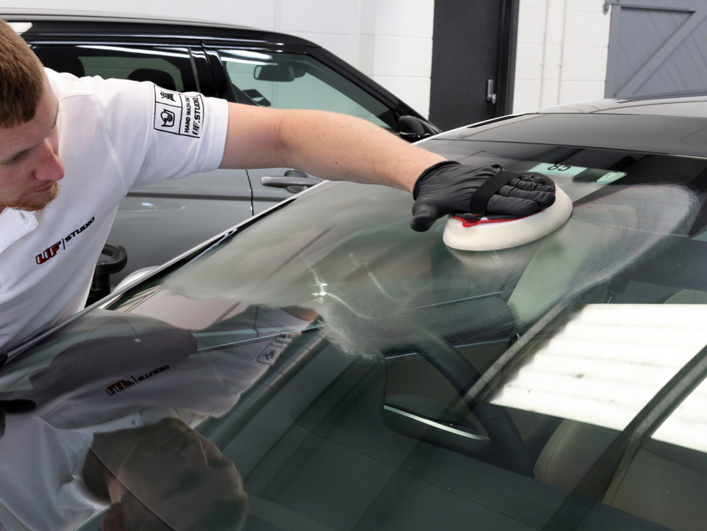 Automotive Glass Care – The Science of Perfect Clarity