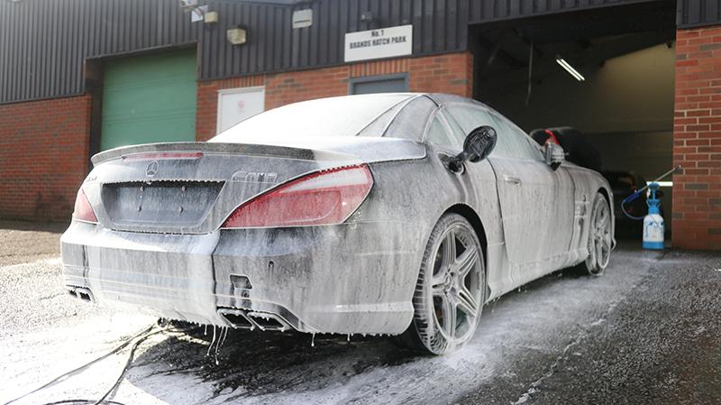 UF Ultimate Snow Foam