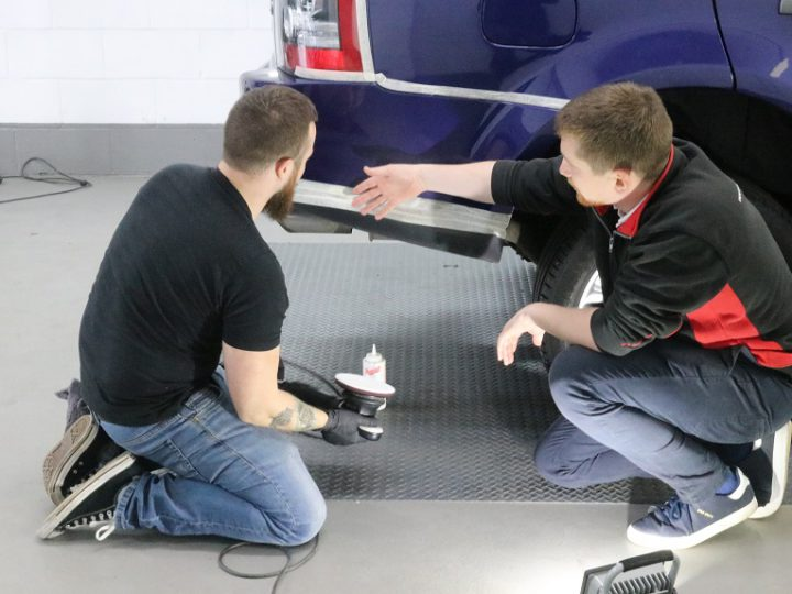 Detailing Training Courses For Enthusiasts & Professionals
