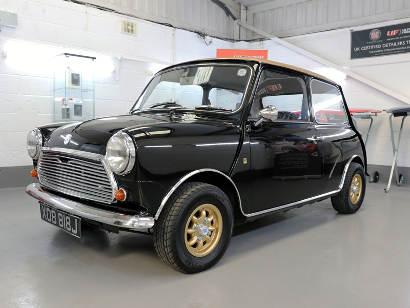 1971 Mini Cooper S - Gloss Enhancement Treatment