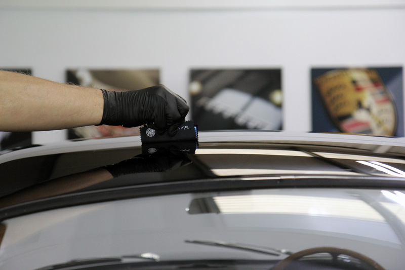 Aston Martin DB4 Glasscoat Protection For A Sensitive Clearcoat