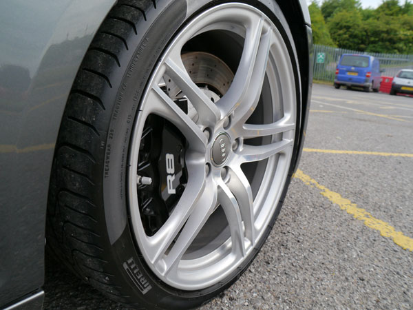 Audi R8 wheels protected with 22PLE VM1 Rim & Metal Coat