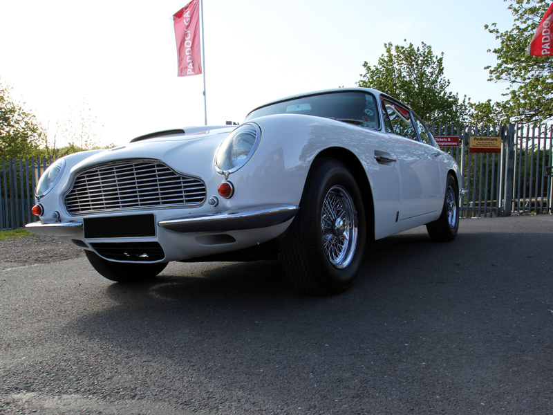 Aston Martin DB6 Full Paintwork Correction