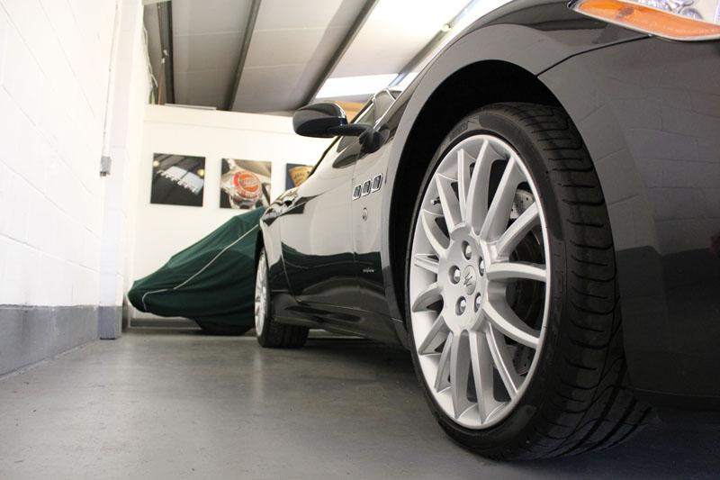 Maserati GranCabrio - Bilt-Hamber Auto-Clay Original