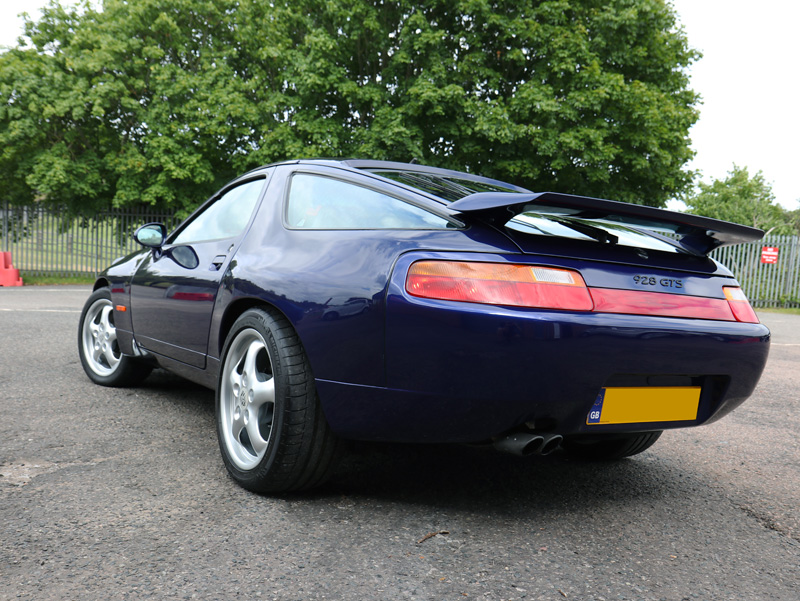 Porsche 928 GTS - Paint Correction Treatment