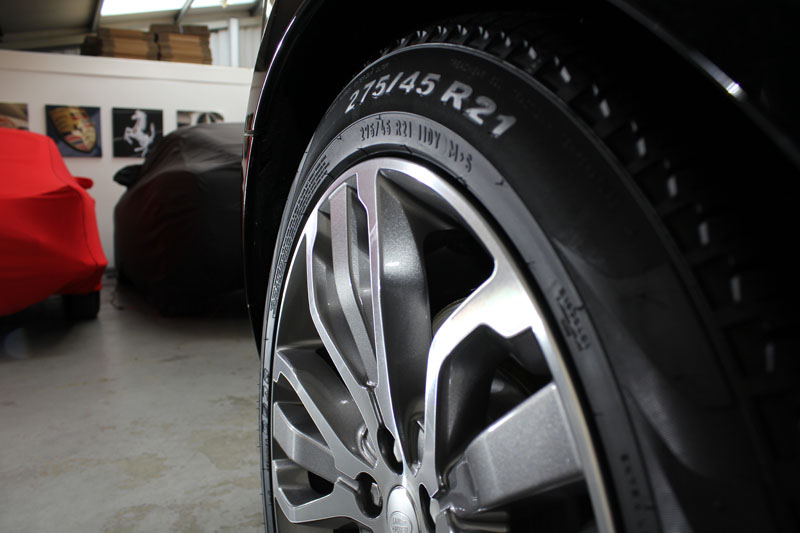 2014 Range Rover Sport Autobiography wheels protected with Gtechniq C5 Alloy Wheel Armour