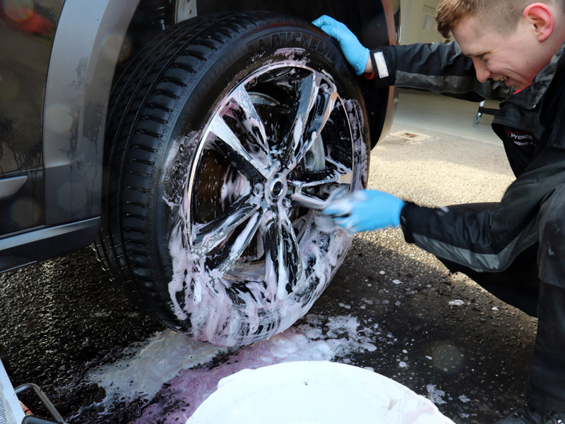 2017 Volvo D5 PowerPulse Cross Country AWD - Gloss Enhancement Treatment